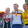 Siegerehrung mit Lisa Fischer (links) und Madeleine Orthmüller (rechts)